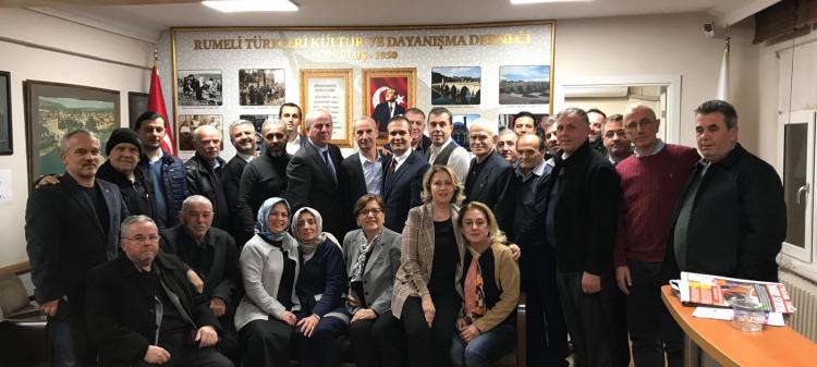 Esenler Rumeli Derneginin Genel Başkanı Ekrem Beşkardeşve Yönetim Kuruluyla beraber derneğimizi ziyareti